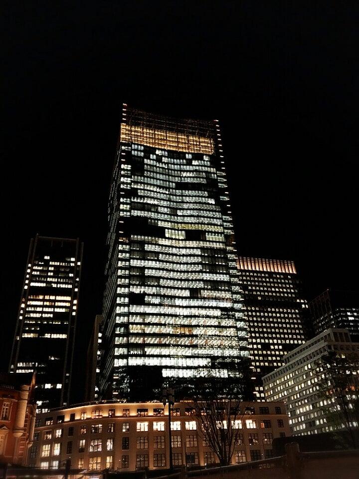 残業でできている東京の夜景