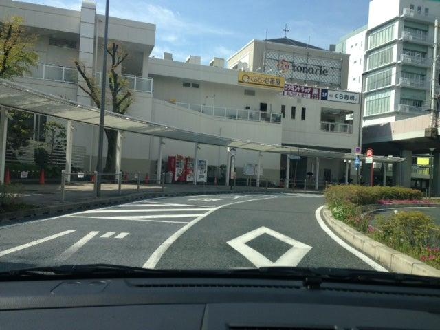 南千里駅ロータリー 北大阪ペーパードライバー