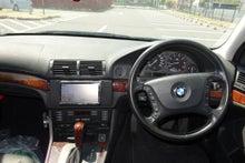 BMW 530i ツーリング ハンドル