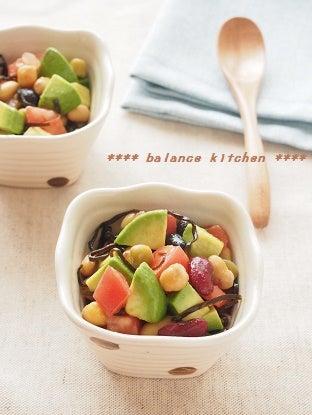 アボカドと豆の塩昆布サラダ