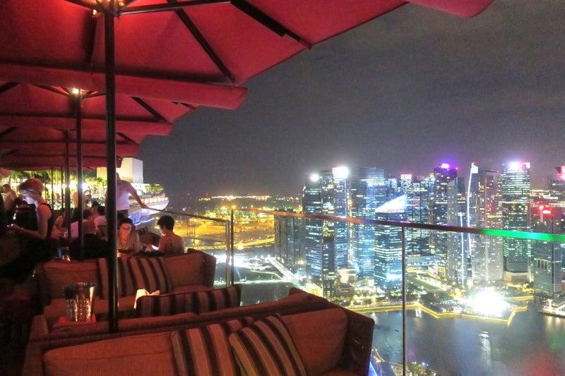 シンガポール10