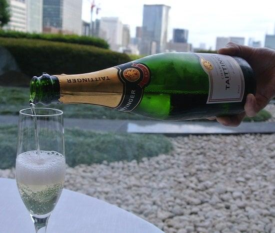 中国飯店 琥珀宮 シャンパン
