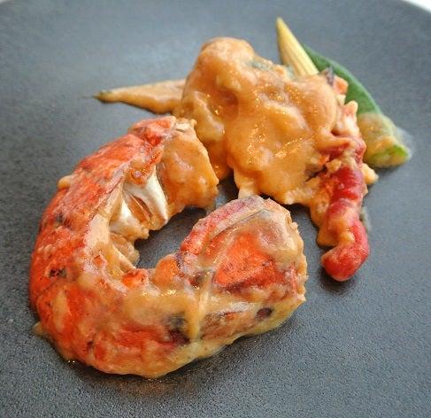 琥珀宮 オマール・ブルー タイ風ピリ辛えび味噌クリーム炒め2