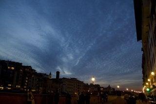 オイラ陽気なイタロ・ジャッポネーゼ■ミラノ-フィレンツェの夕空