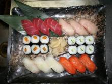 戦君の寿司盛り込み作品