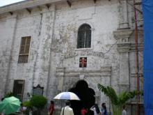 サント・ニーニョ教会脇の入り口