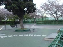 武蔵野パーク右側