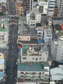 屋上の釣鐘