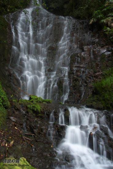 観音の滝アップ