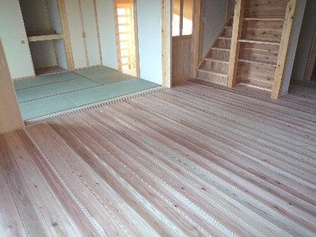 松島匠建の建てる木の家 「太田生品の家」Web日誌-リビング・和室