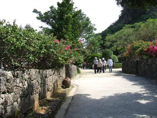 琉球村 家