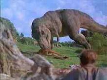 獲物を襲うティラノサウルス