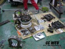 旧エンジン解体