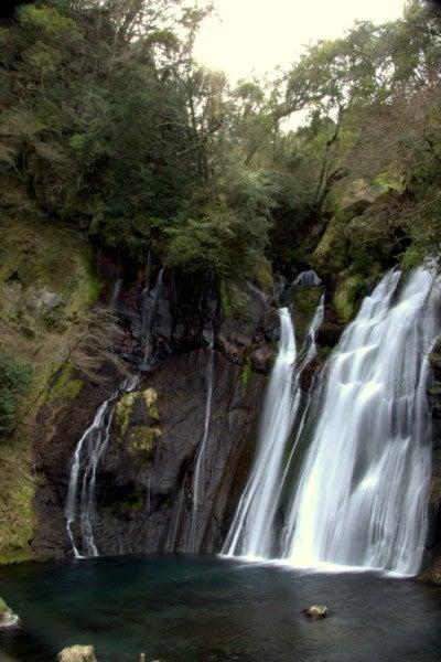 白水の滝(縦)