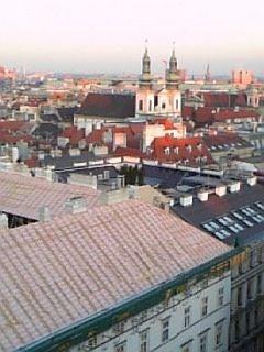 塔の上から市内を見る2