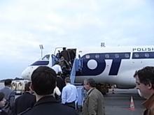 小さなワルシャワ行きの飛行機