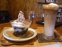 ゼリーパフェとアイスカフェラテ