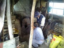 炭焼き小屋02