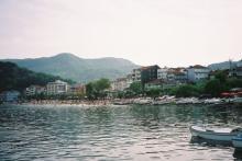 黒海アマスラ