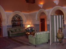 アルハンブラパレスホテル