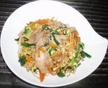 モヤシ・ニラ・豚肉