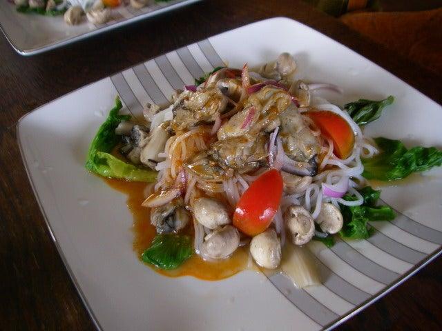 牡蠣とマッシュルームのお米麺