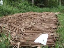 干し草とタオル