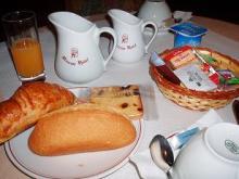 プチホテルの朝食