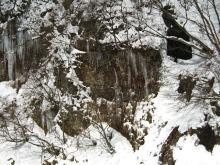 氷柱が美しい最上川