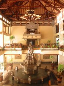NusaDuaBeach,Hotel entrance