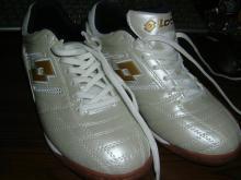 フットサル靴