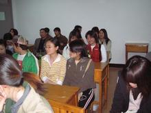 日本語学科の学生と。