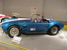 乗車定員若干名。-自動車博物館