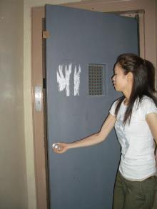 エレベーターの戸