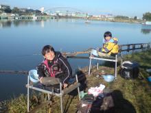 子連れ ヘラブナ釣り - bisoys blog-茨城県稲敷市 横利根川 (5)