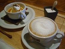 プリンとカフェラテ