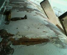kiha312屋根修理中