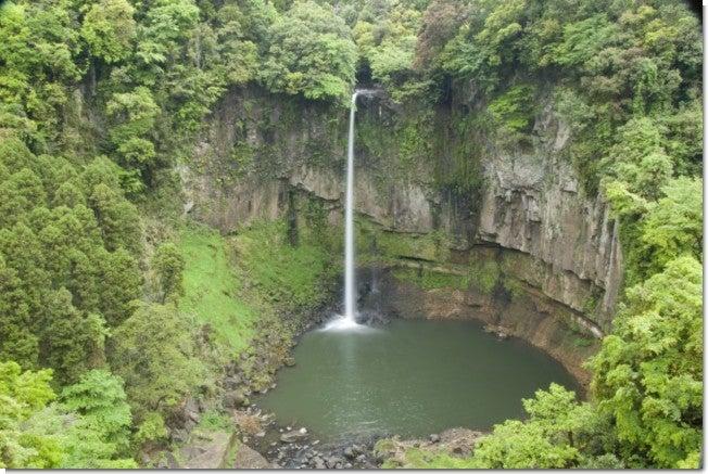 五老ヶ滝全景