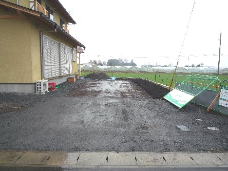 松島匠建の建てる木の家 「太田生品の家」Web日誌-砕石敷き込み