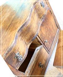 磨いた古い家具