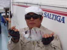 沖縄から遊漁船「アユナ丸」-釣果(H21.2.15)