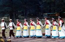 ナシ族の踊り