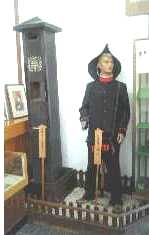 妻籠宿「昔の郵便配達屋さん」2007.8.17