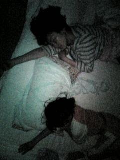 シンクロ寝。