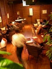 ニュージーランド永住3年目-蔵を改造したカフェ