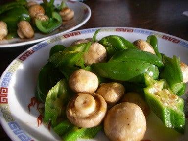 マッシュルームと畑野菜の中華風炒め