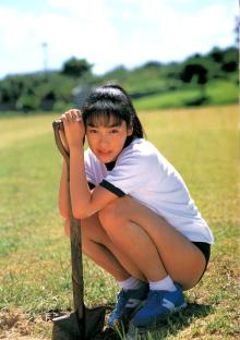 麻生久美子、過去のお宝写真GETしました!!