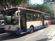 綺麗なバス