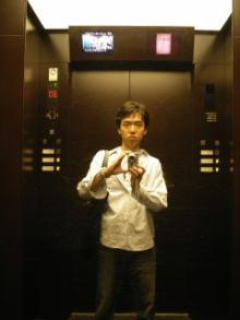 六本木ヒルズ・2階建てエレベータ