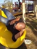 公園で寝泊り